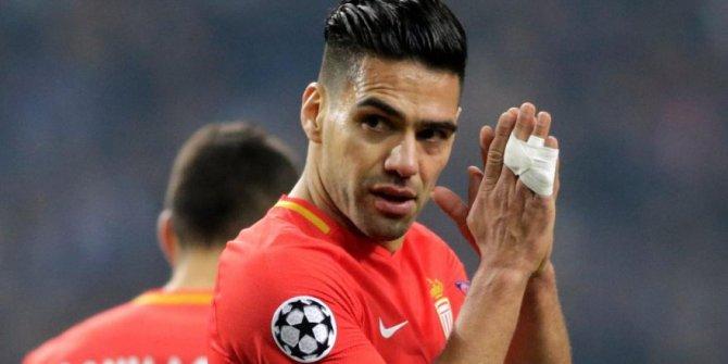 Galatasaray istiyordu, kamp kadrosuna alınmadı!