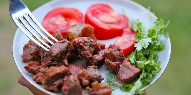 Bayramda aşırı et tüketimine dikkat