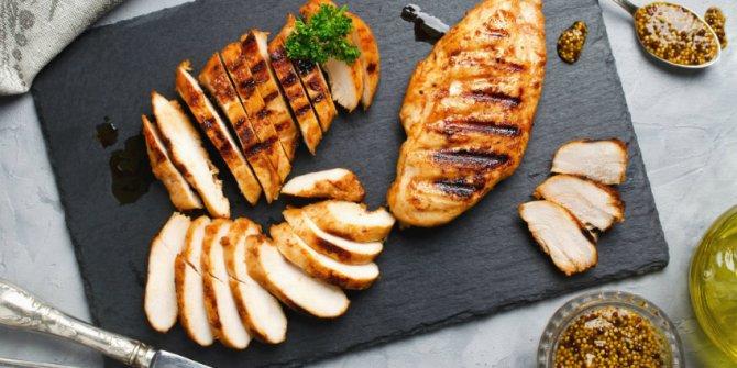 Tavuk eti meme kanseri riskini düşürüyor