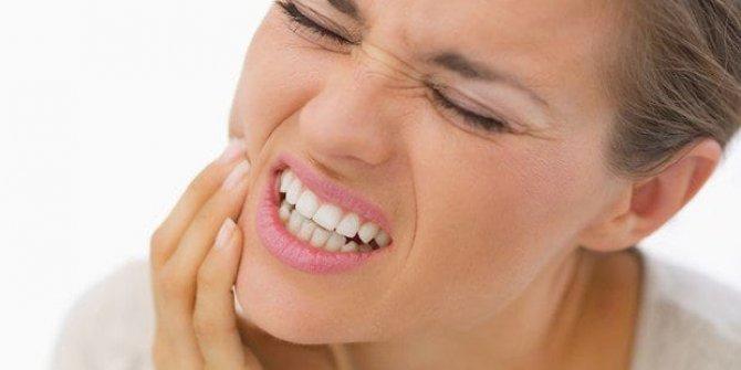 Diş sıkmak dişlerini kırabilir