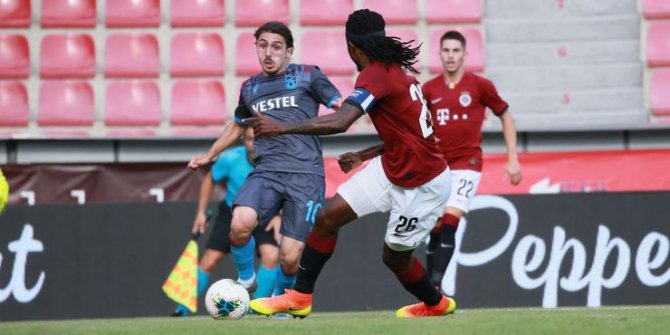 Trabzonspor Prag'dan avantajlı döndü