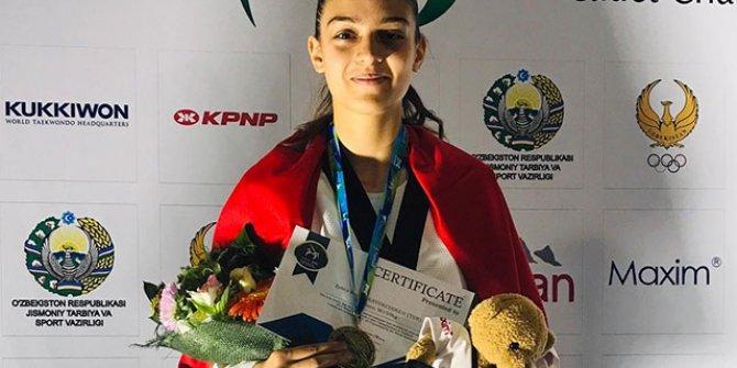 Zehra Begüm Kavukcuoğlu, dünya şampiyonu