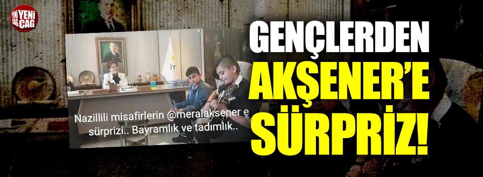 Gençlerden Akşener'e 'Çırpınırdı Karadeniz' sürprizi