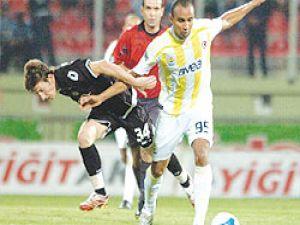 Fenerbahçe Vestel Manisaya takıldı
