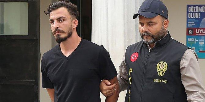 UEFA Süper Kupa maçında sahaya atlayan kişi serbest bırakıldı