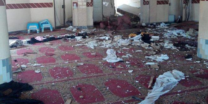 Pakistan'da camide patlama: 4 ölü, 15 yaralı
