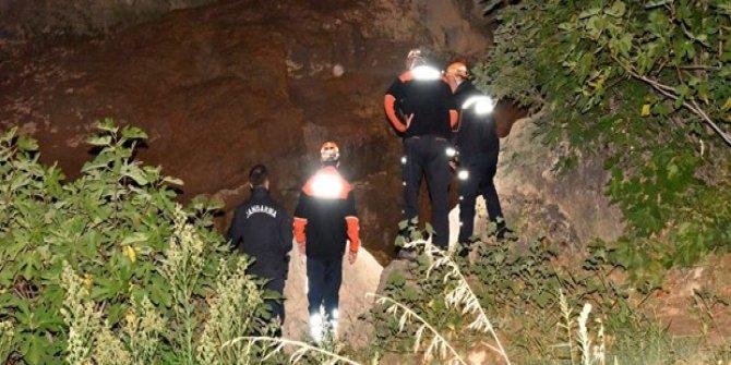 Kanyonda kaybolan bir kişinin cesedine ulaşıldı
