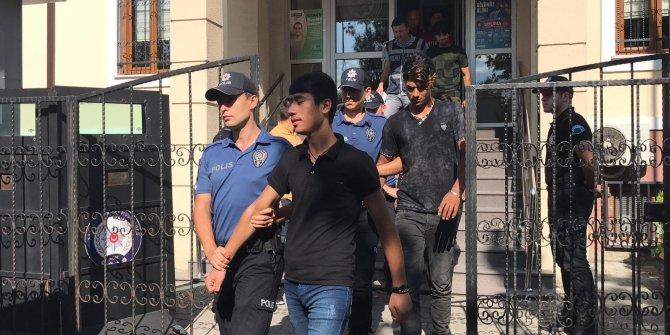 Boğaz kesme davasında 73 'sınır dışı' kararı