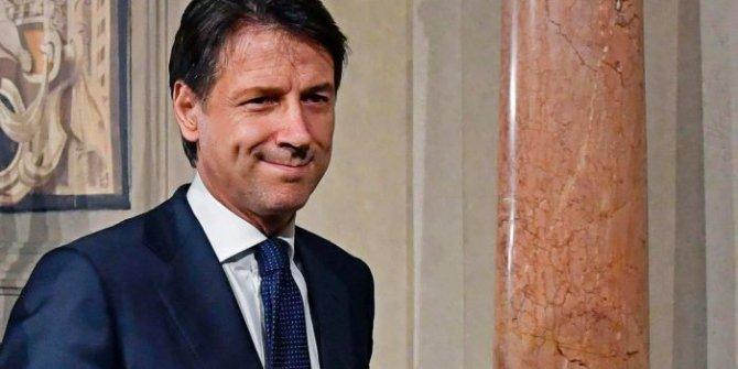 İtalya Başbakanı istifa ediyor