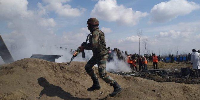 """""""Kontrol hattında 6 Hintli asker öldürüldü"""""""