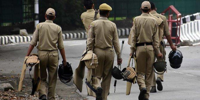 Hindistan'dan Cammu Keşmir'e 125 bin asker daha