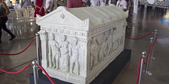 Herakles Lahdi'nin replikası Antalya'da sergileniyor