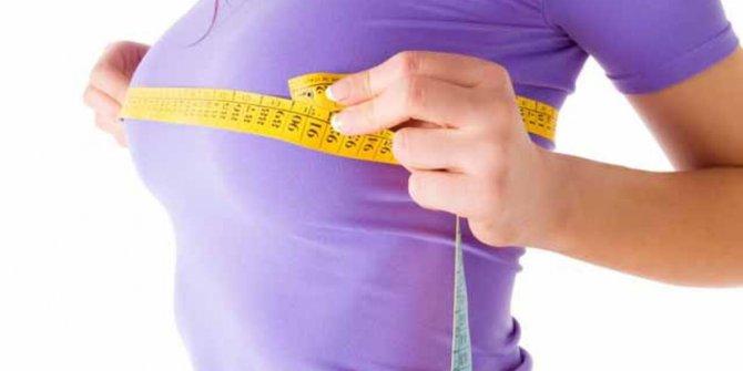 Büyük göğüsler sağlığı olumsuz etkiliyor
