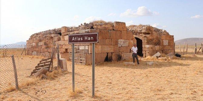 Tarihi Atlas Han restore edilmeyi bekliyor