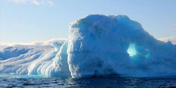Sadece bir ayda 179 milyar ton buz eridi