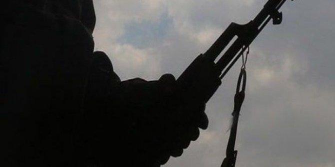 Ailesi ile görüşülen PKK'lı terörist teslim oldu