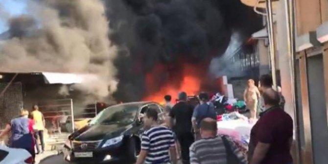 Rusya'da çarşıda büyük yangın
