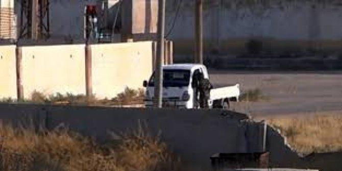 ABD'li komutanlar Akçakale'deyken sınıra teröristler geldi