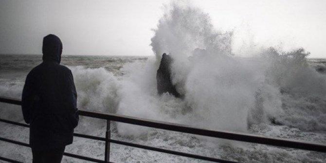 İstanbul'da hava durumu: Kuvvetli fırtınaya dikkat