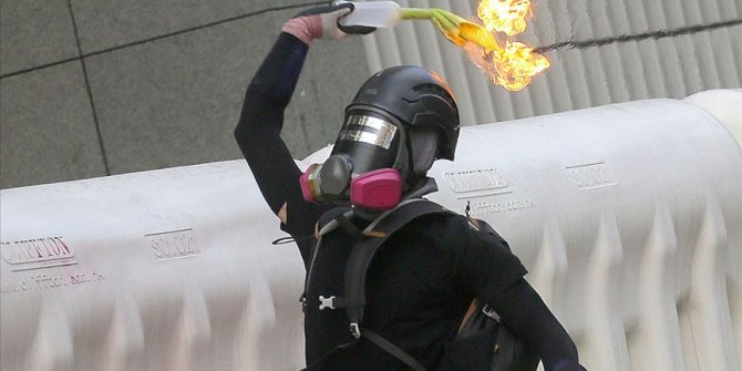 Hong Kong'da gerçek mühimmat tehdidi