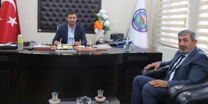 MHP'li başkandan HDP'li belediyeye ziyaret
