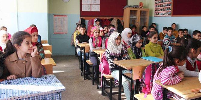 """Bakan Soylu: """"Suriyelilerin ilkokullardaki okullaşma oranı yüzde 96,3"""""""