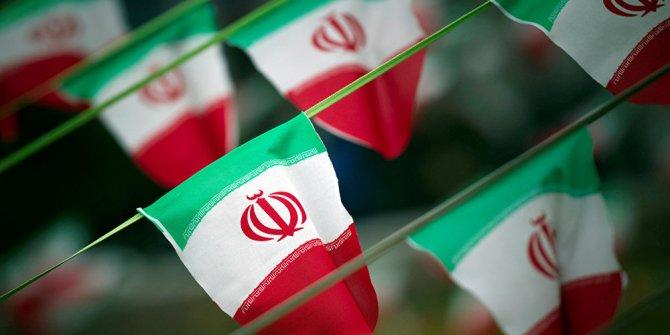 """İran: """"ABD başarısızlığını kabul etmeli"""""""