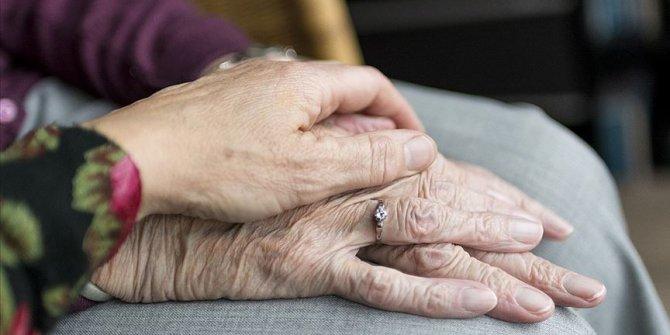 Her yıl yaklaşık 10 milyon kişi demans hastalığına yakalanıyor