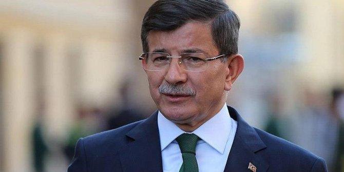 """Davutoğlu:""""Öyle şeyler olacak ki, seçmen AK Parti'yi terk edecek"""""""