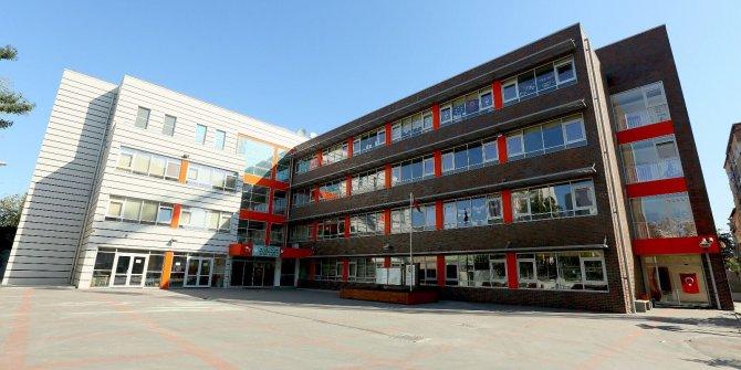 Devlet okulunda 3 bin liraya 'özel sınıf!'