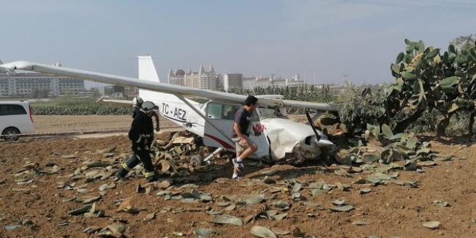 Manavgat'ta eğitim uçağı kalkış sırasında kaza yaptı