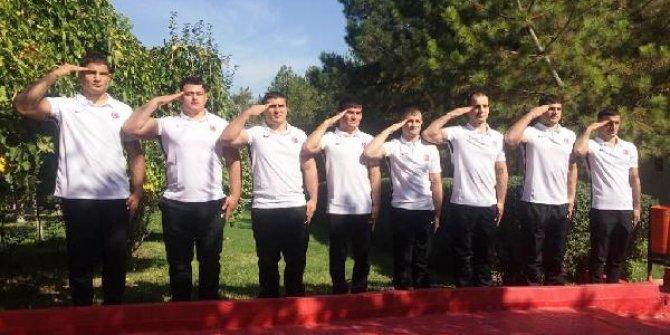 Milli güreşciler Mehmetçik için mindere çıkacak