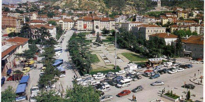 Gazilik teklifi CHP ve MHP'yi karşı karşıya getirdi