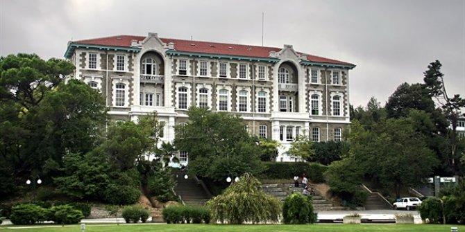 LGBT'lilerden Boğaziçi Üniversitesi'nde İstiklal Marşı skandalı!