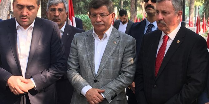 Davutoğlu, yeni partinin ilk buluşmasını gerçekleştiriyor