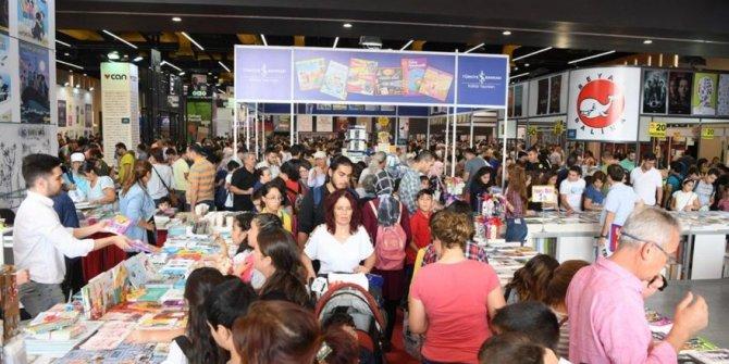 Antalya Kitap Fuarı 271 bin kişiyi ağırladı