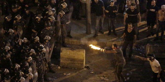 Lübnan'da protestolar şiddetleniyor