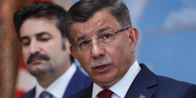 Davutoğlu: Hattı değil sathı siyaset