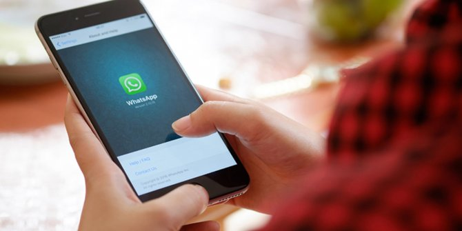 WhatsApp grup isimleri ceza almanıza sebep olabilir!