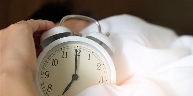 """""""Tavuk tipi uyku bozukluğu yaşlılarda sık görülüyor"""""""