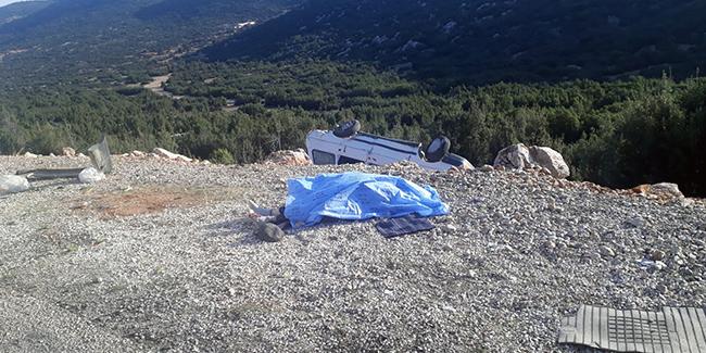 Şarampole yuvarlanan araçta 1 ölü 3 yaralı