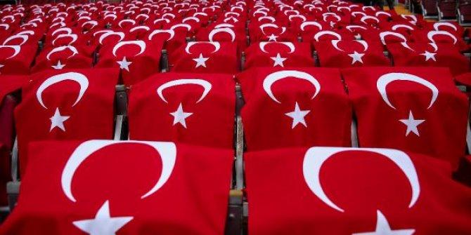 Türk barakları ile donatıldı