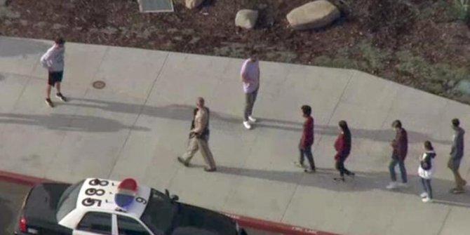 ABD'de okula silahlı saldırı! Yaralılar var