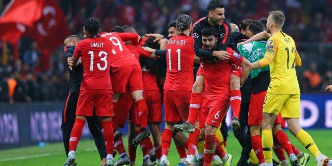 A Milli Futbol Takımı'na 9.2 milyon Euro ödül