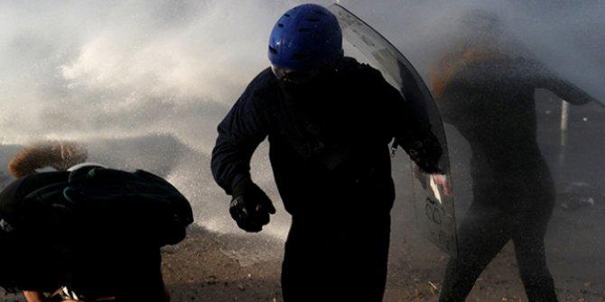 Şili'de polis müdahalesi nedeniyle 230 kişi görme yetisini kaybetti