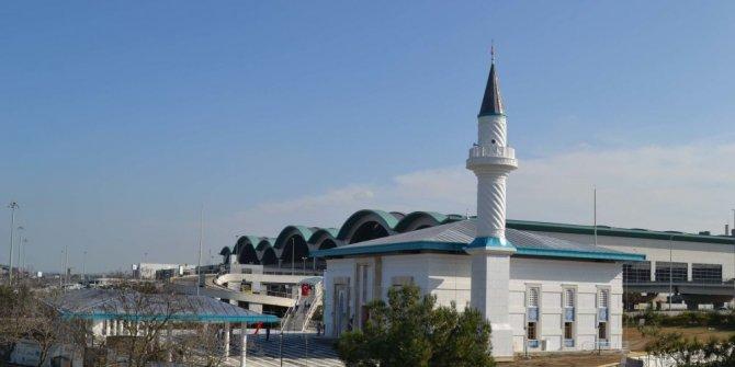 Sabiha Gökçen Havalimanı Camisi ibadete açıldı