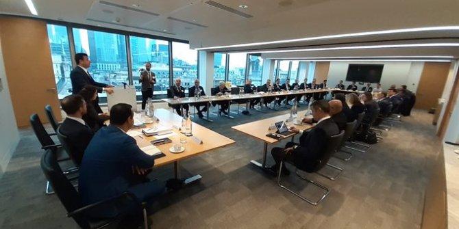 Ekrem İmamoğlu Londra'da finansçılarla buluştu