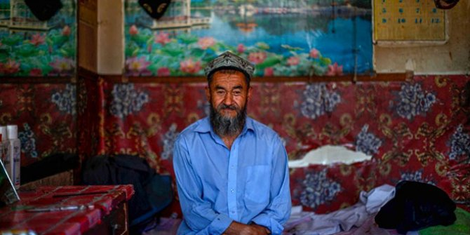 """Çin yönetiminden Uygur Türkleri için skandal sözler: """"Merhamet göstermeyin"""""""