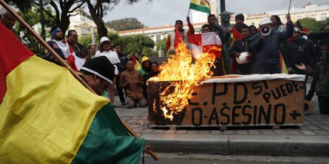 Bolivya'da geçici Devlet Başkanı'ndan flaş hamle
