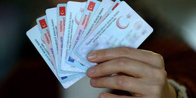 Yeni kimliklerle ATM'den para çekilebilecek